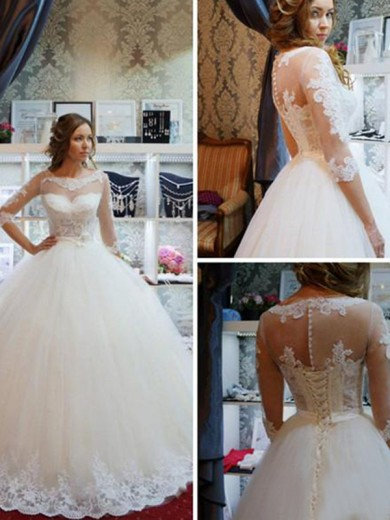 Ball Gown Scoop 1/2 Sleeves Floor-Length Tulle Applique Wedding Dress