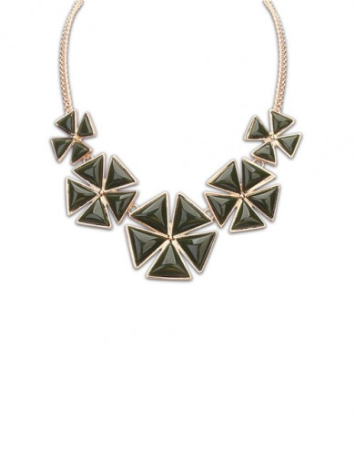 Occident Bohemia Five Petal Necklace