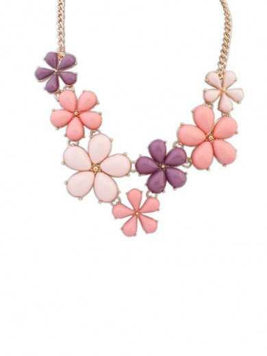 Occident Flowers Sweet Necklace