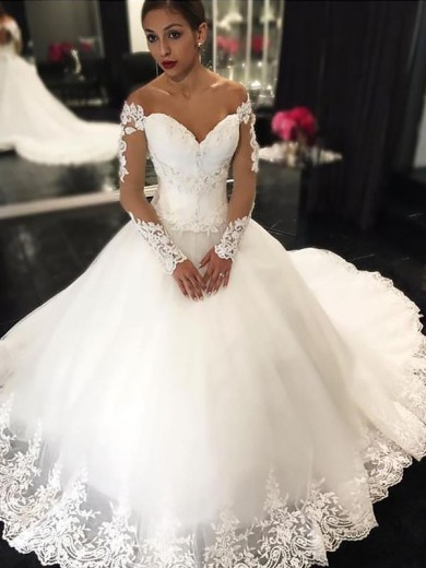 Ball Gown Sleeveless Off-the-Shoulder Applique Tulle Court Train Wedding Dress