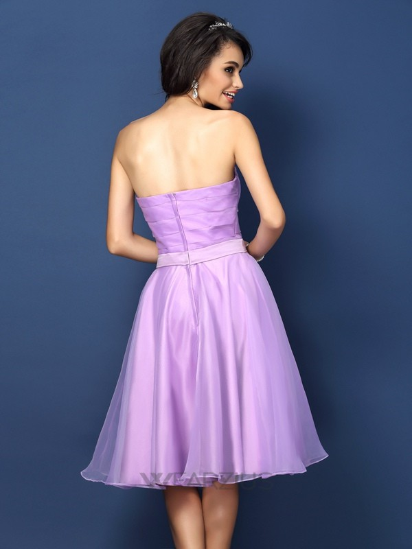 A-Line/Princess Strapless Sleeveless Pleats Knee-Length Satin Bridesmaid Dresses
