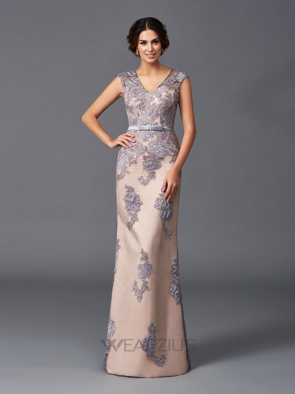 Sheath/Column Sleeveless Straps Floor-Length Satin Applique Dresses