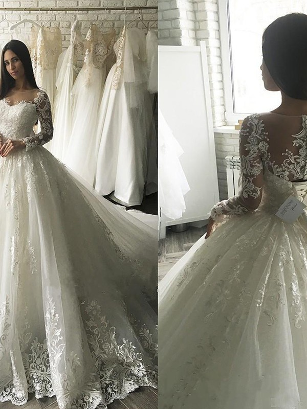 Ball Gown Scoop Long Sleeves Court Train Tulle Applique Wedding Dress