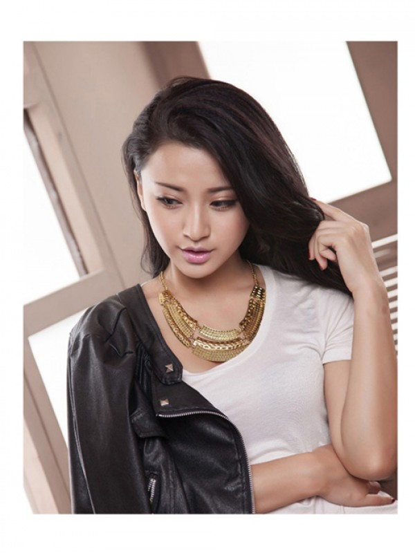 Occident Major Suit Street Shooting Metallic Personality Necklace
