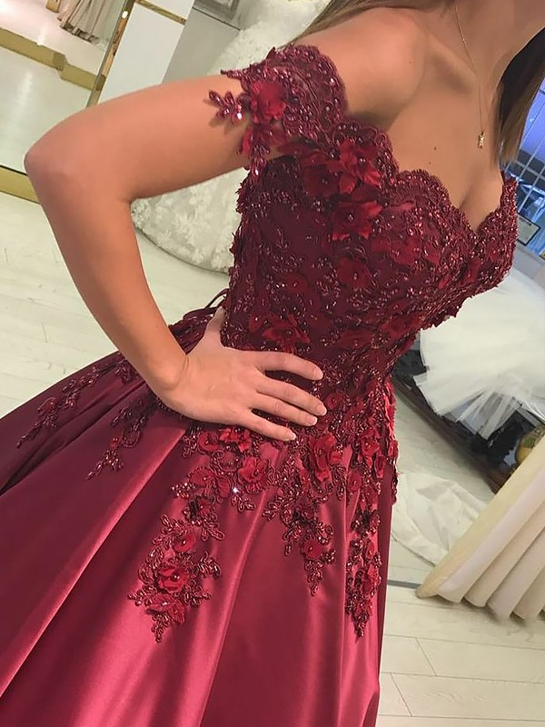 Ball Gown Off-the-Shoulder Sleeveless Satin Applique Floor-Length Dresses