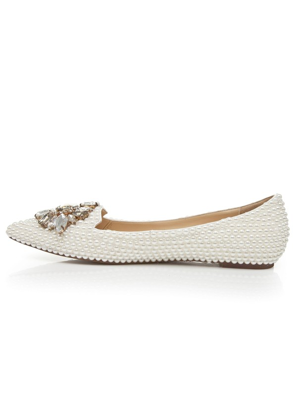 Women's Patent Leather Flat Heel Closed Toe With Pearl Rhinestone Casual Shoes