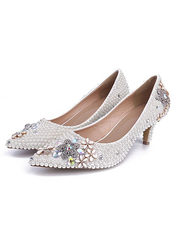 Women's Cone Heel Patent Leather Closed Toe With Pearl Wedding Shoes