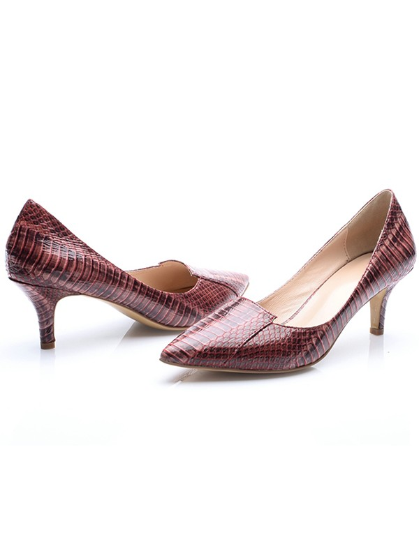 Women's Patent Leather Closed Toe Cone Heel With Crocodile Print Party Shoes