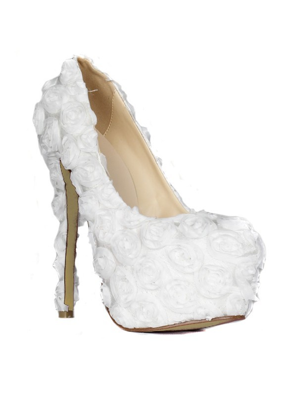 Women's Stiletto Heel Closed Toe Platform With Flowers Wedding Shoes
