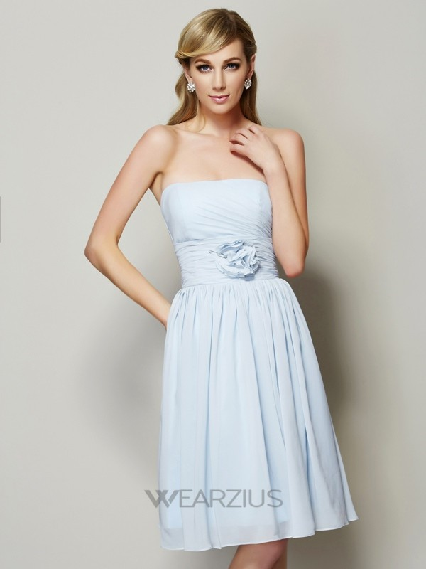 A-Line Strapless Sleeveless Knee-Length Chiffon Hand-Made Flower Bridesmaid Dresses