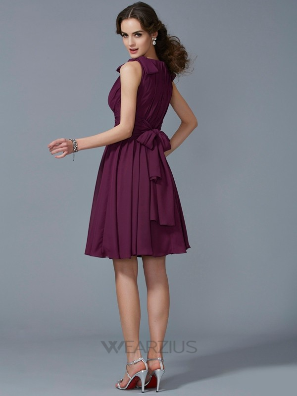 A-Line/Princess Straps Sleeveless Pleats Knee-Length Chiffon Bridesmaid Dresses