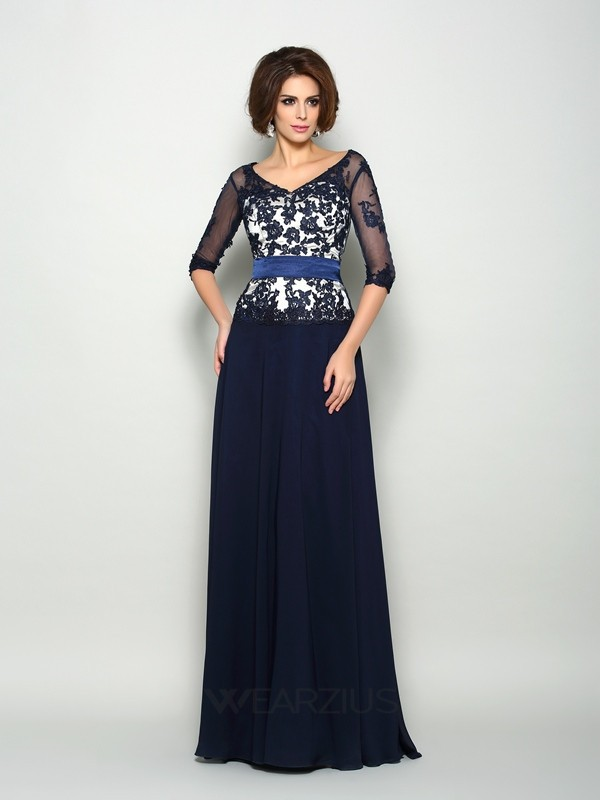 A-Line/Princess 1/2 Sleeves Chiffon V-neck Sweep/Brush Train Applique Mother of the Bride Dresses