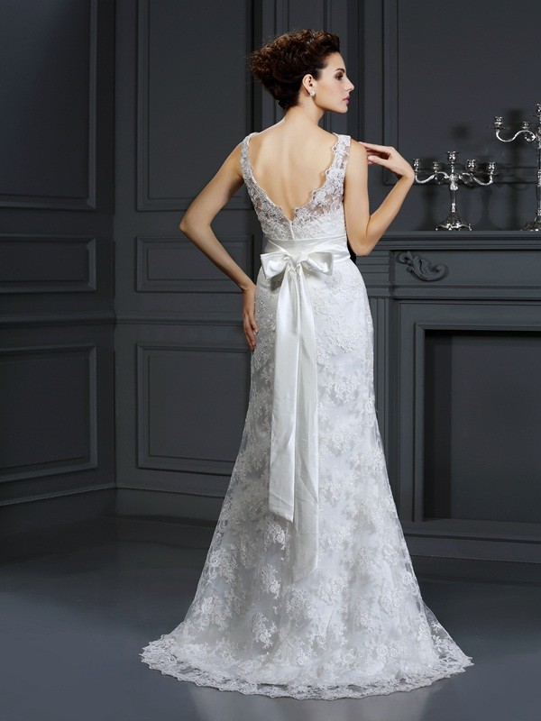 Trumpet/Mermaid Sweetheart Sleeveless Chapel Train Lace Applique Wedding Dresses