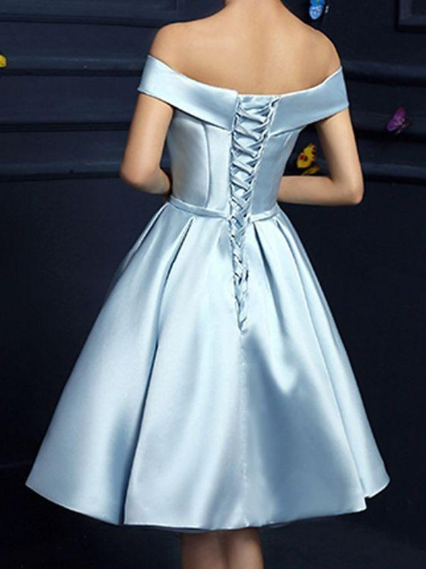 A-Line/Princess Off-the-Shoulder Sleeveless Bowknot Satin Knee-Length Dresses