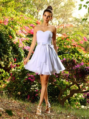 A-Line/Princess Chiffon Sweetheart Sleeveless Bowknot Short/Mini Bridesmaid Dresses