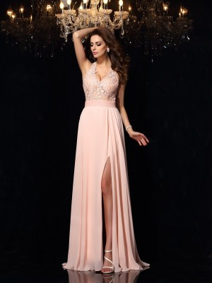 A-Line/Princess Halter Sleeveless Lace Sweep/Brush Train Chiffon Dresses