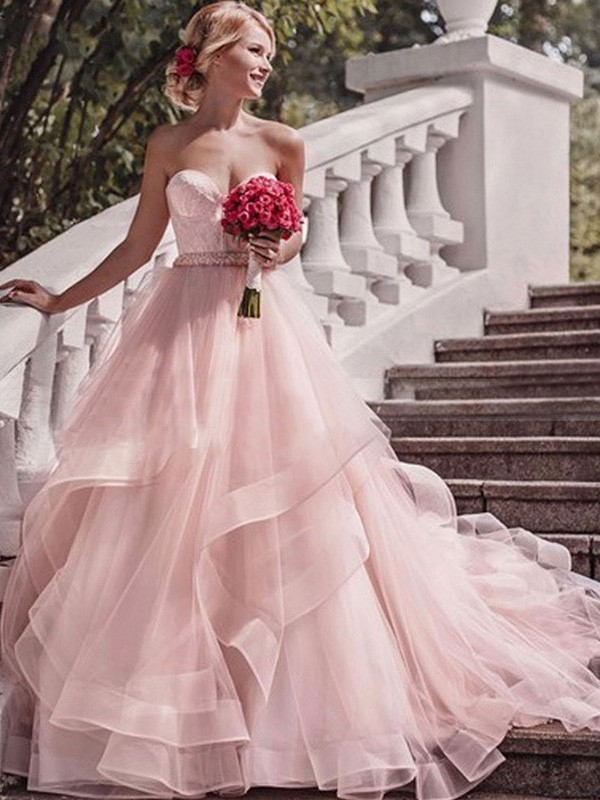 Ball Gown Sweetheart Sleeveless Organza Court Train Layers Wedding Dress