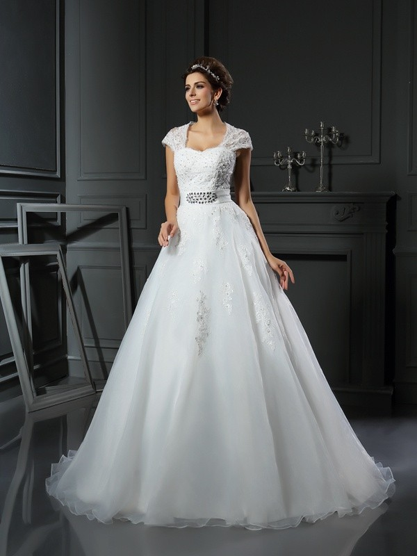 Ball Gown Square Organza Chapel Train Sleeveless Beading Applique Wedding Dresses