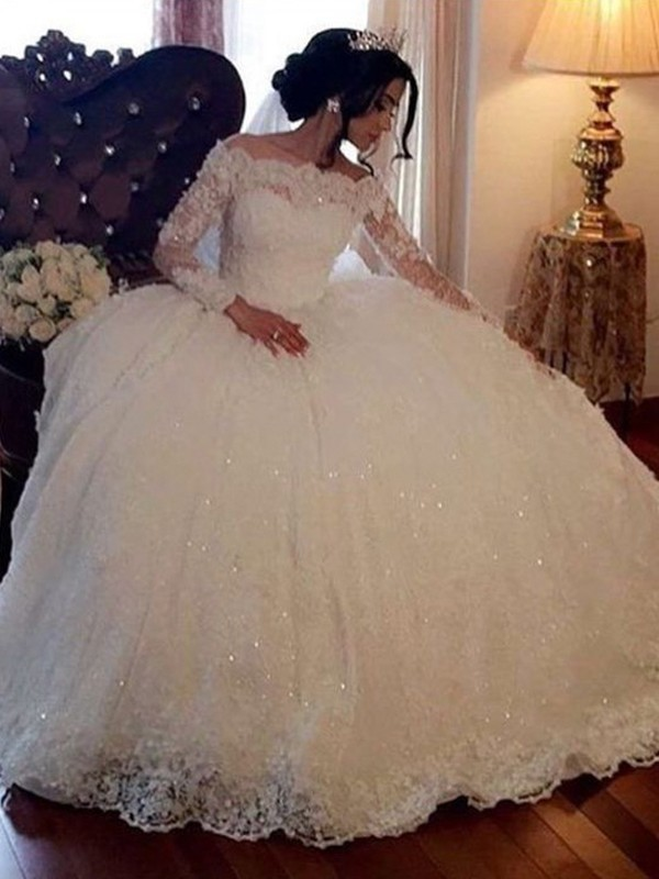 Ball Gown Bateau Long Sleeves Lace Tulle Floor-Length Wedding Dresses